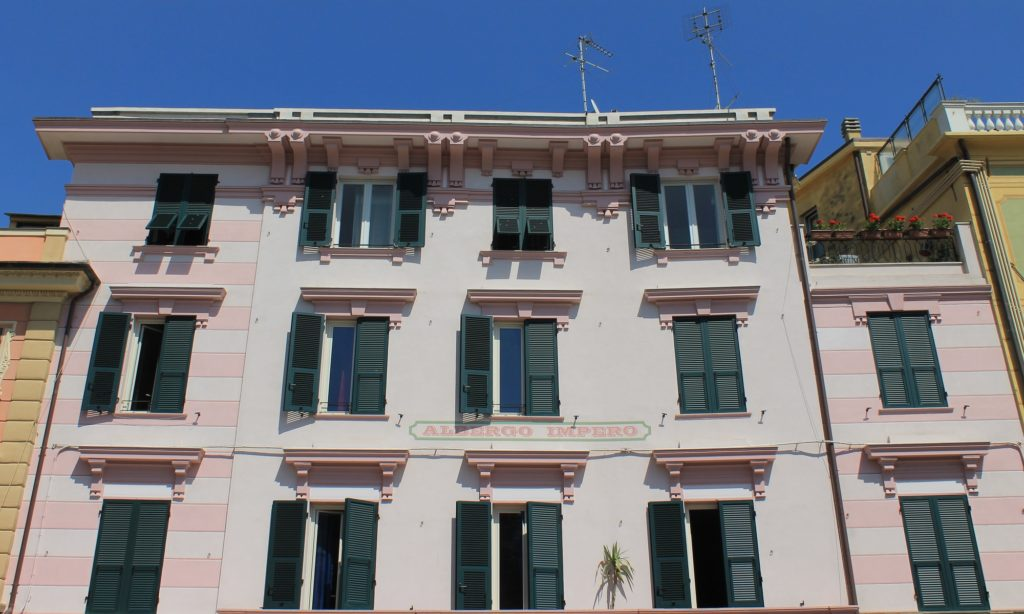 Hotel Economici Celle Ligure - Albergo Impero - Hotel Celle Ligure - Hotel Economico - Vicino al Mare - Ingresso Albergo - Prices Hotel Celle Ligure